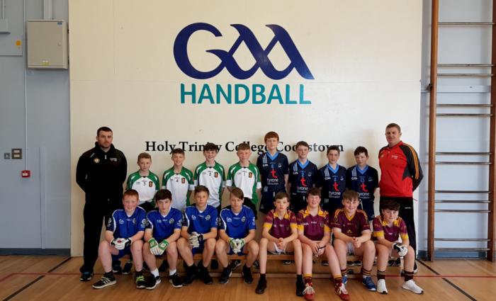 how to play handball school